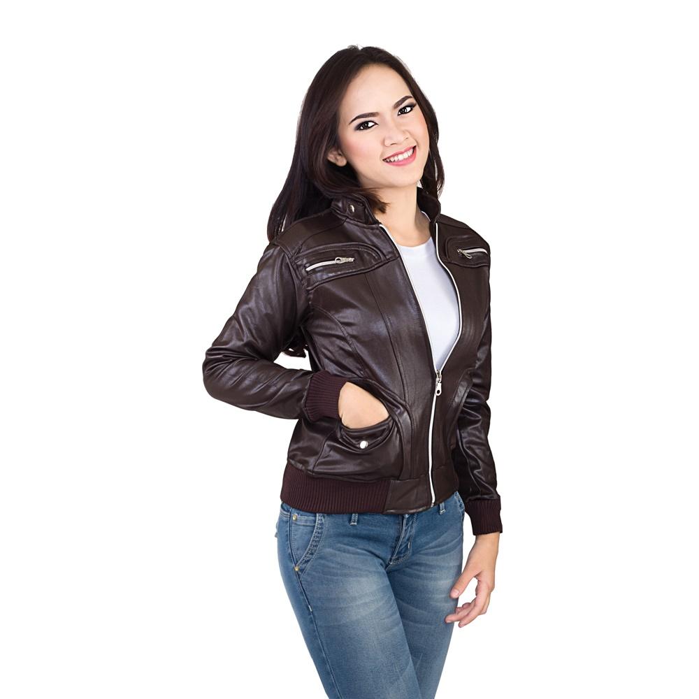 Tampil Trendi dengan Jaket Kulit Wanita